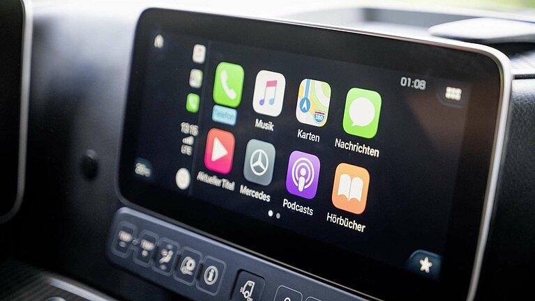 Das Multimedia-Cockpit des Mercedes-Benz Actros