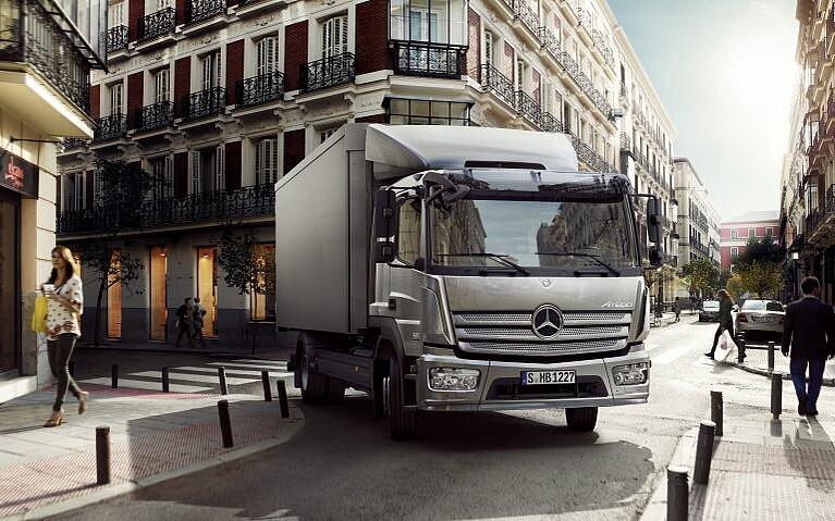 Frontansicht des Mercedes-Benz Atego