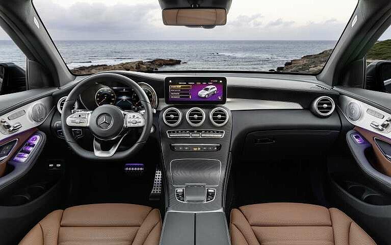 Das Cockpit des Mercedes-Benz GLC
