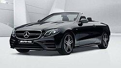Das Mercedes-AMG E 53 4Matic Cabriolet in schwarz