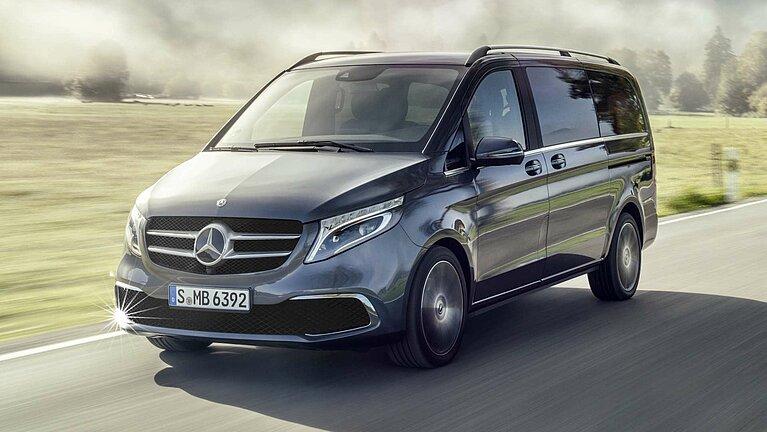 Die Mercedes-Benz V-Klasse auf der Straße