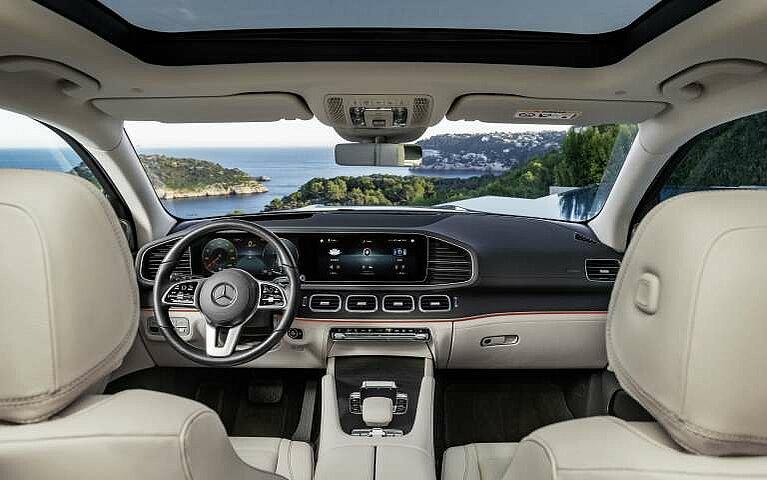 Das Cockpit des Mercedes-Benz GLS