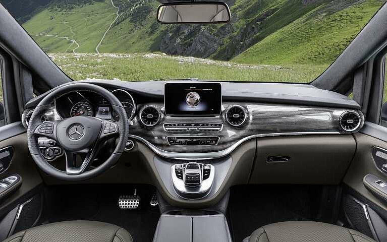 Das Cockpit der Mercedes-Benz V-Klasse