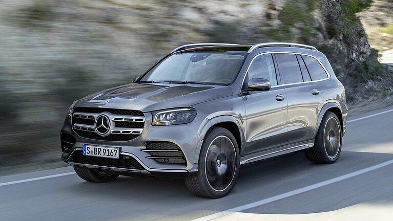 Der Mercedes-Benz GLS in voller Fahrt
