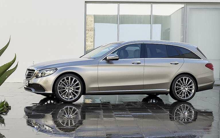 Das Mercedes-Benz C-Klasse T-Modell in der Seitansicht