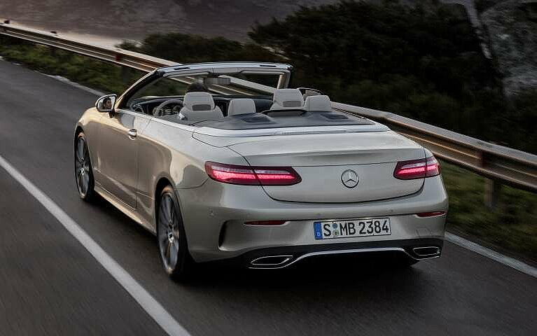Heckansicht des Mercedes-Benz E-Klasse Cabriolets