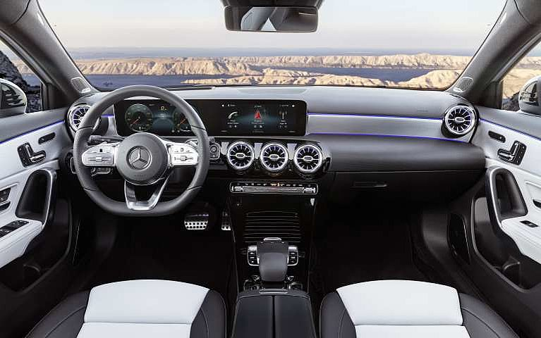 Das Cockpit der Mercedes-Benz A-Klasse