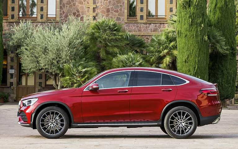 Das Mercedes-Benz GLC Coupé in der Seitansicht