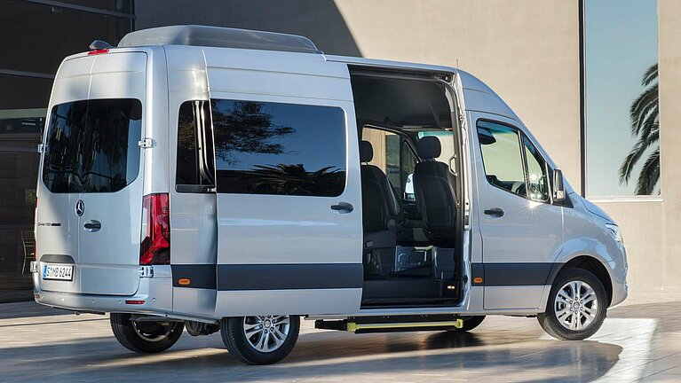 Der Mercedes-Benz Sprinter als Shuttle-Bus
