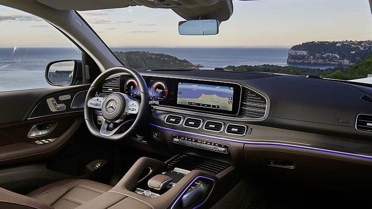 Das Interieur des Mercedes-Benz GLS mit MBUX
