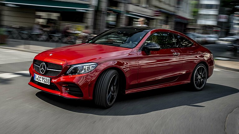 Fahrszene des Mercedes-Benz C-Klasse Coupé