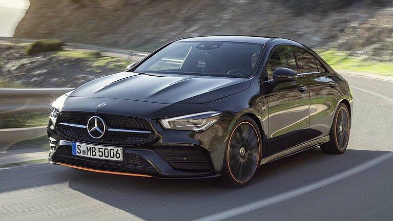 Das Mercedes-Benz CLA Coupé in voller Fahrt