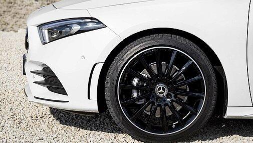 Das Vorderrad der Mercedes-Benz A-Klasse im Detail