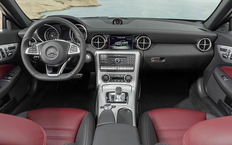 Blick in den Innenraum des Mercedes-Benz SLC